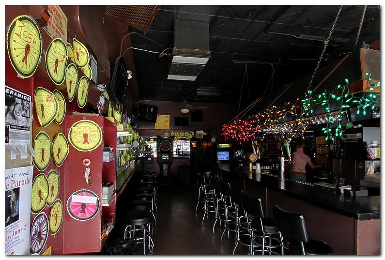 Closet c - The 20 best gay bars in Chicago