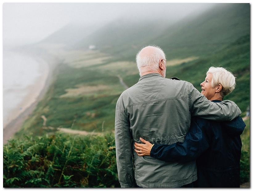dating apps for older adults - Where to look for mature relationships: Top 8 adult dating apps